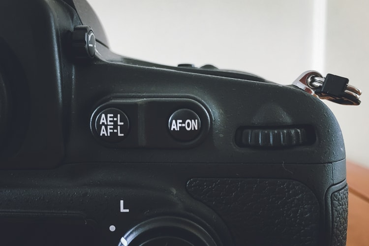 D810 AF-ONボタン
