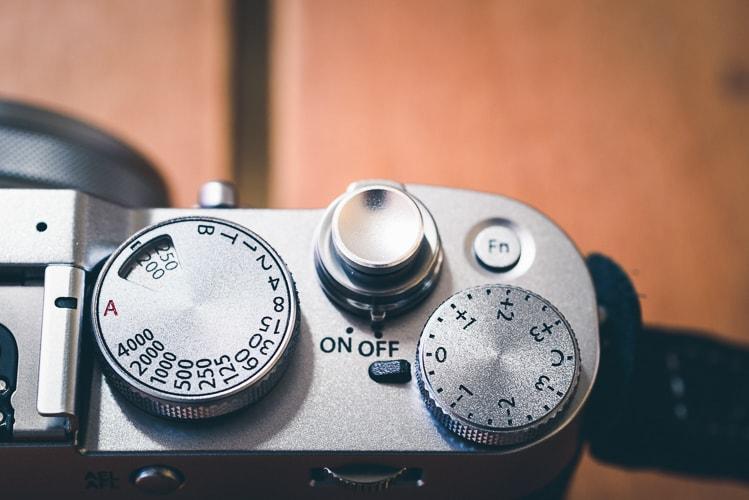 富士フイルム X100F F-foto シャッターボタン