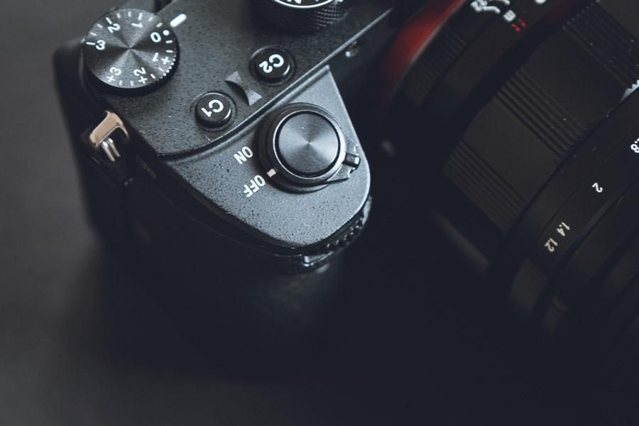 ソニー α7R III