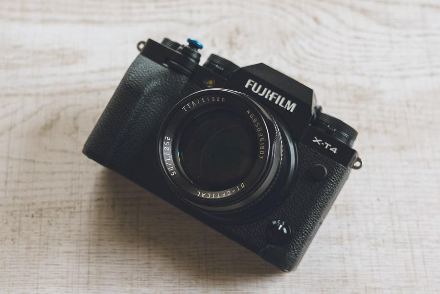 銘匠光学 TTArtisan 50mm f/1.2 C 富士フイルム X-T4